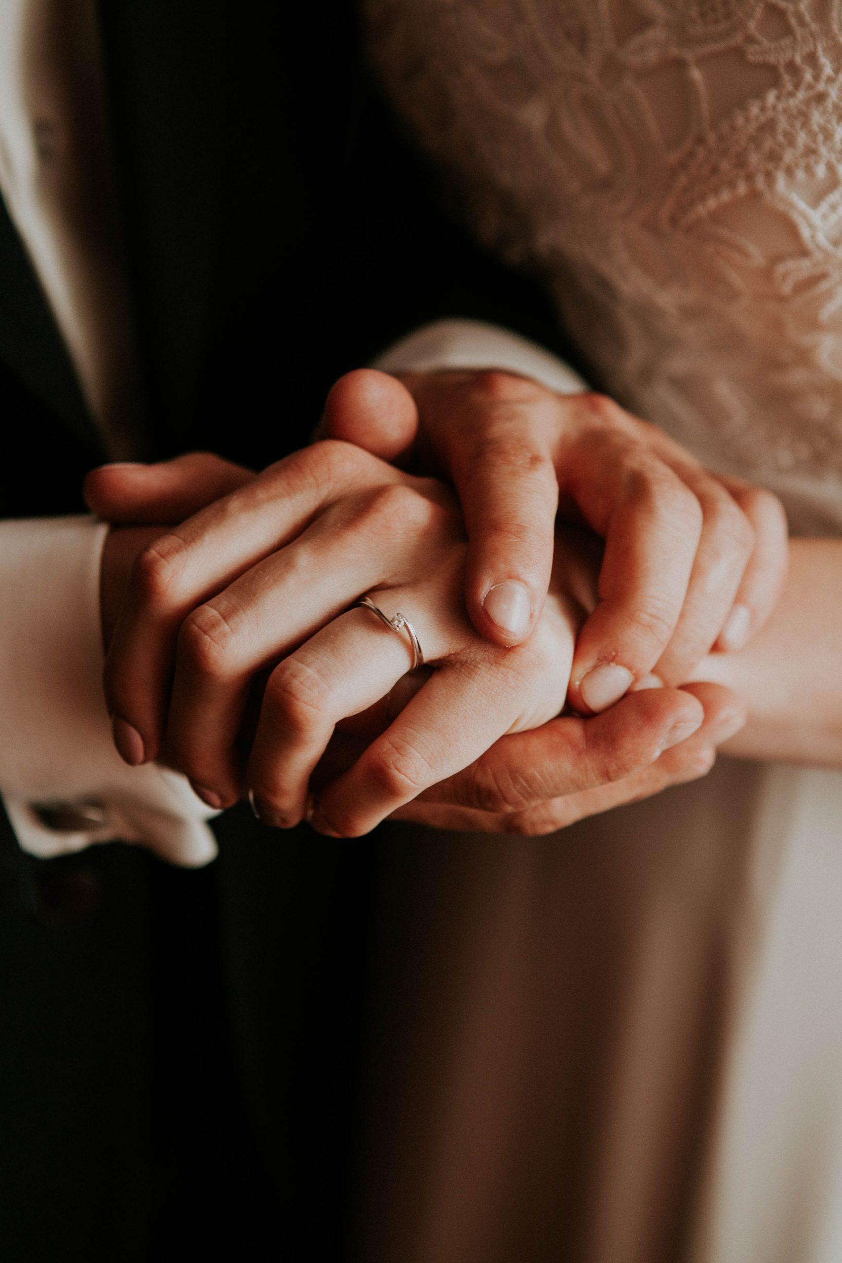 yesido studio fotografia pierścionek zaręczynowy